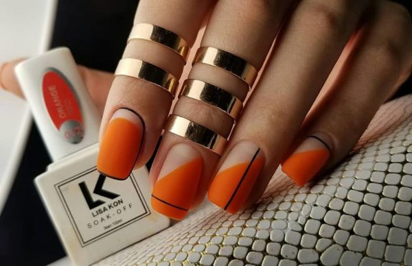 Orange-Nail-Varnish