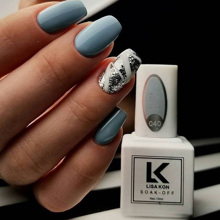 slate-grey-nail-polish