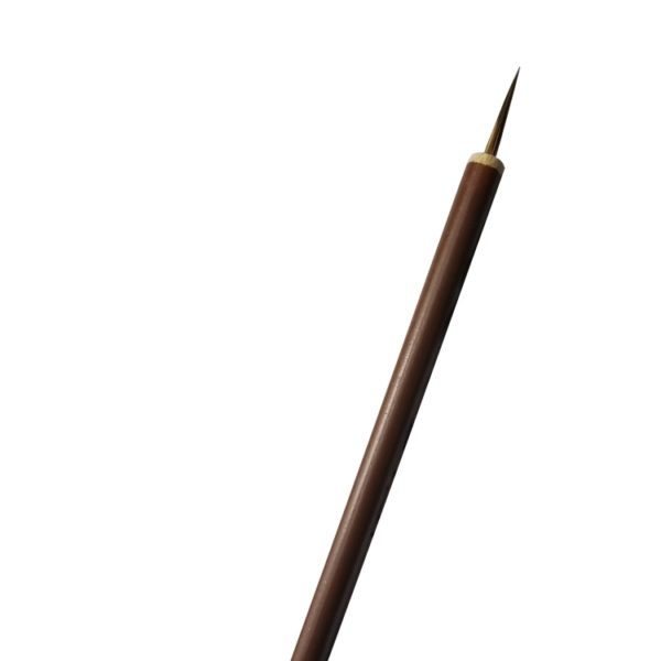 french-manicure-nail-art-brush